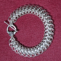 Chainmail armband, patroon viperscale